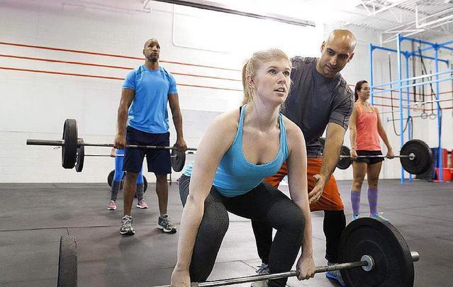 女性在健身房应该练什么?
