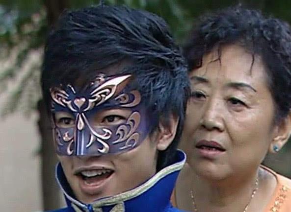 巴啦啦小魔仙真的是卧龙藏虎,蔡徐坤竟饰演的