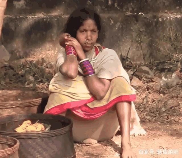 印度女人的真实生活,中国小伙实拍印度农村菜