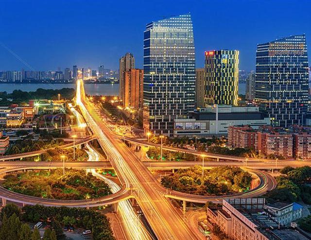 武汉常住人口突破1100万增加量高于北京上海