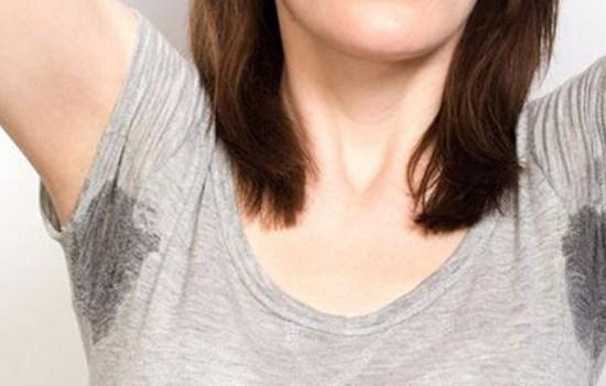夏天腋下出汗多是什么原因