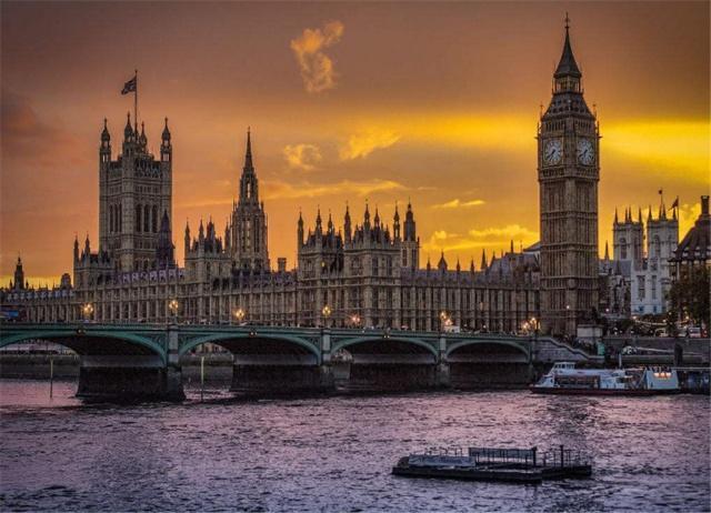 GDP为2600亿美元的英国,人口6600万,论经济