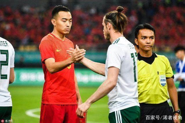中国足球再闹笑话!国足输球哭泣遭名帅批评:我