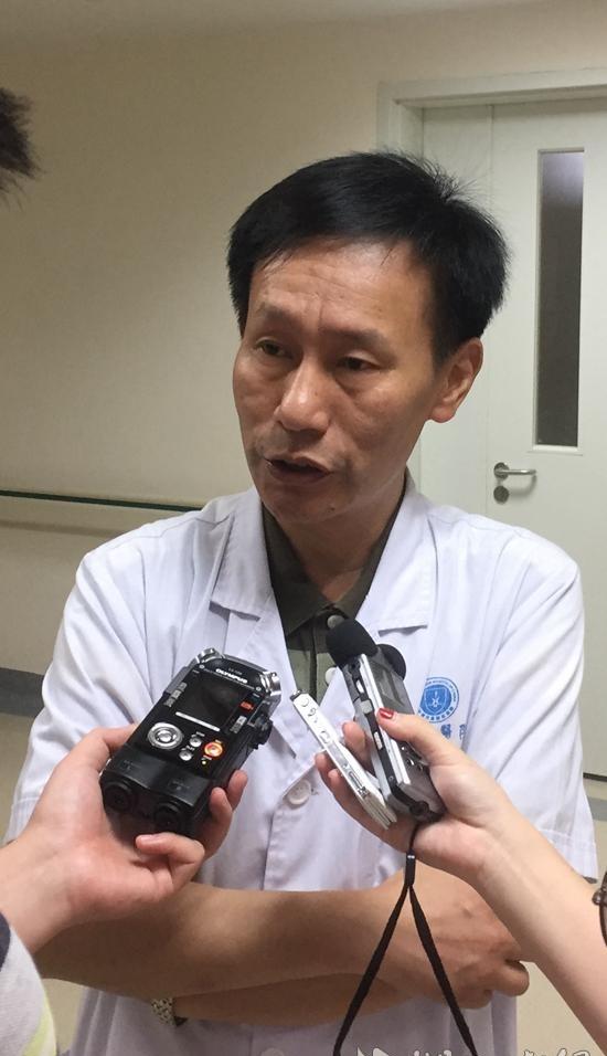 武汉25岁肠癌晚期研究生获22万元医疗资助 病