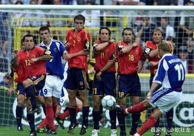 足坛中最经典的三场点球大战,一场使得德国队