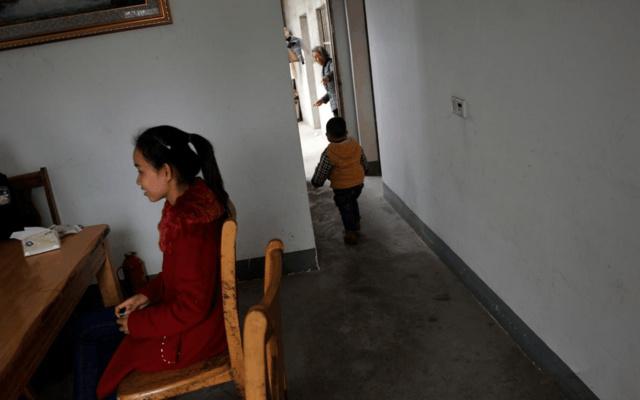 实拍:在中国安家的老挝女孩, 生活富裕不愿意回