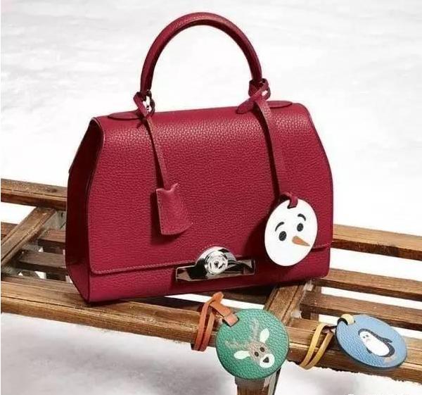 绝对能让你的包包充满个人特质,只需一步让你