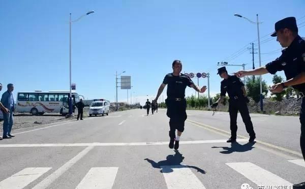 乌恰县公安局开展队伍作风大整顿首关检验