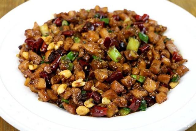 川菜宫保鸡丁的家常做法,不同菜系做法有什么