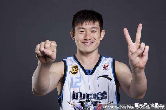 前北京首钢男篮队长陈磊加盟清华大学男篮,担