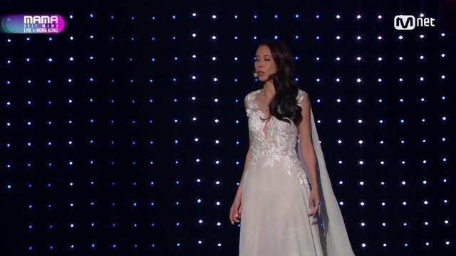 MAMA最震撼的表演,台下所有的韩国艺人都懵