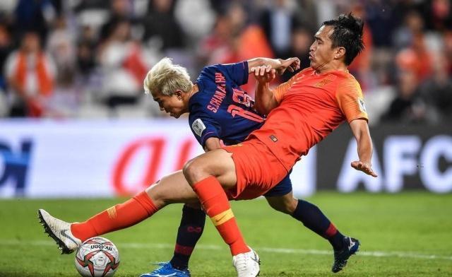 33岁才首次参加亚洲杯,冯潇霆到底是什么水平