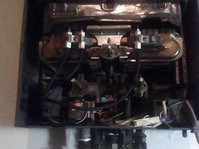 万家乐强排式热水器打不着火E2故障你知道怎