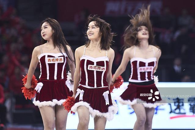 18\/19CBA第24轮:广州Vs深圳 篮球宝贝火辣舞