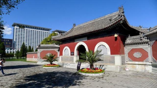 震惊中国四大风水事件:鸟巢让位娘娘庙(图)