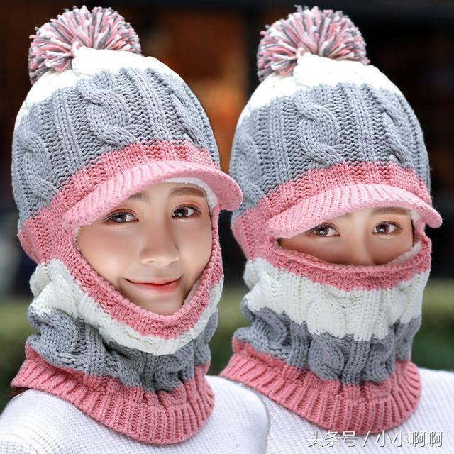 别再戴过时的帽子和围巾了,今年流行这样的帽