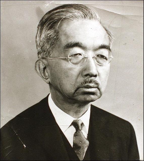 二战后,为何放过战争魔头裕仁?美国不愿动日本