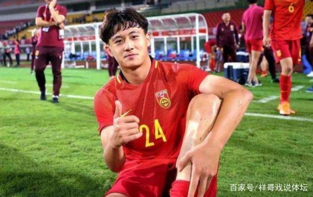 中国足球2新星!亚洲后卫身价排名占据前2,直言