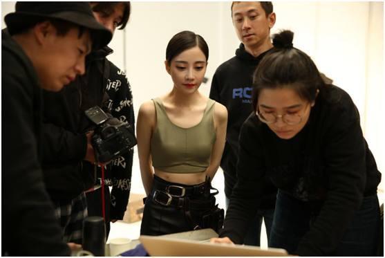 《终结者2》首席鉴枪师冯提莫,《男人装》演绎
