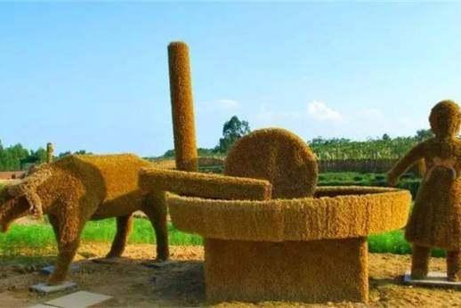 大梁酒庄田园迪士尼乐园:中国第一个以稻草人