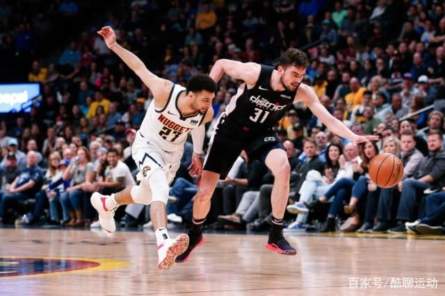 NBA今日最新战报,勇士五连冠平纪录,火箭躺拿