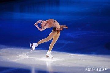 冰舞与双人滑冰的区别是什么?