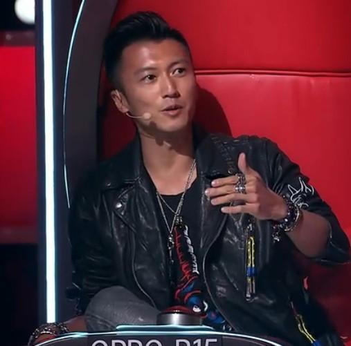 《中国好声音》为何李健频频点王菲的歌?网友
