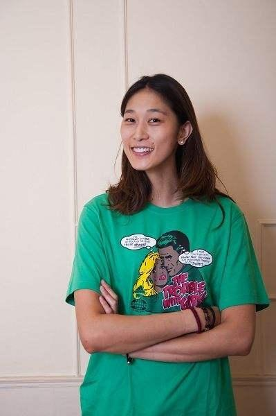 中国女篮第一才女!出生于体育世家,长相清秀喜